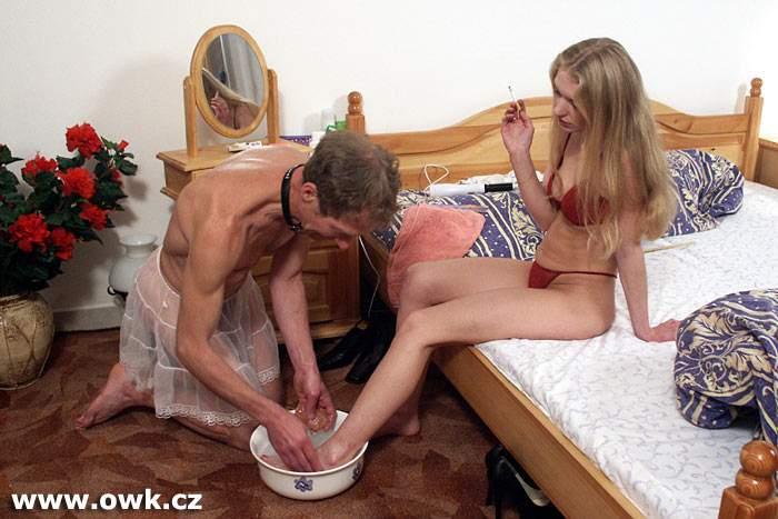 Foot Cuckold  Humiliation Footfetish  Cuckolding